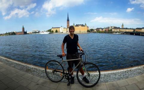 Minimalist Travel - Jon Santiago in Stockholm, Sweeden.